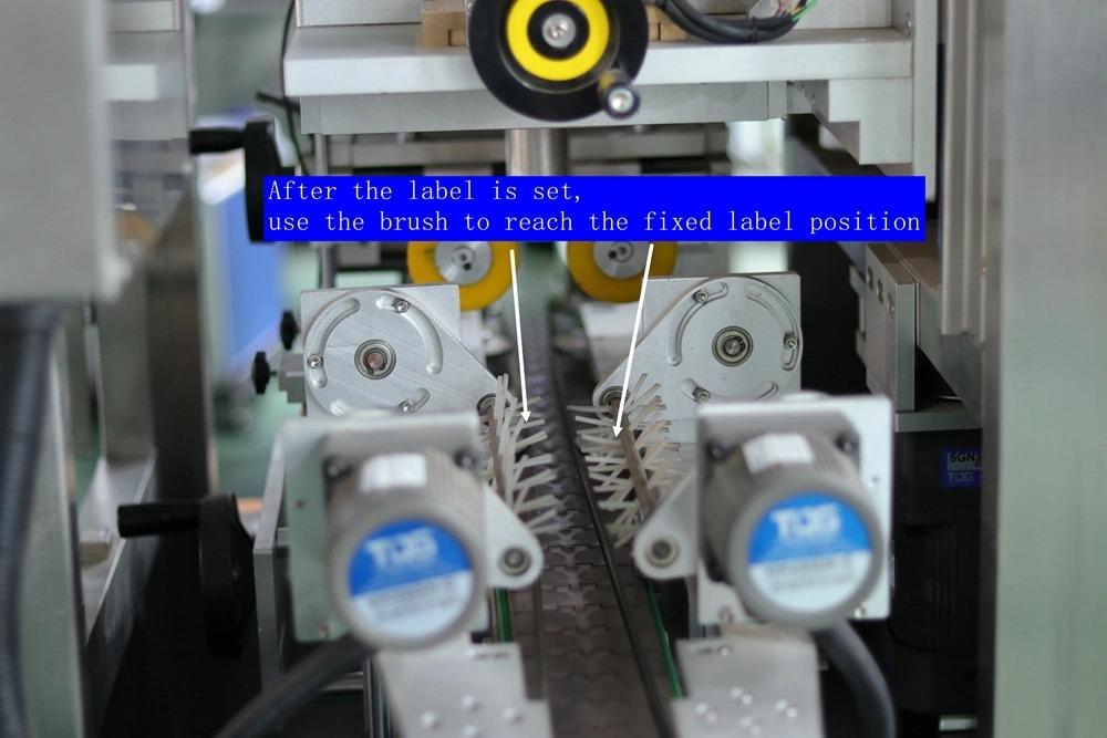 Etanșare a capacului gâtului de sticlă Mașină de etichetare automată a manșonului de retractare